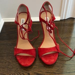 Steve Madden size 8 red heels